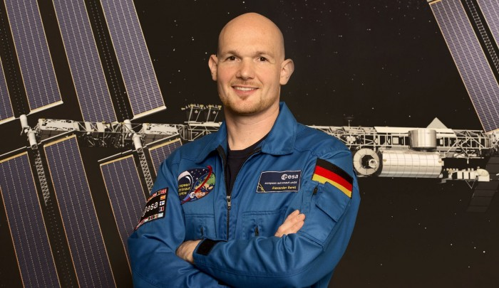 Alexander gerst contacts iss f4htz